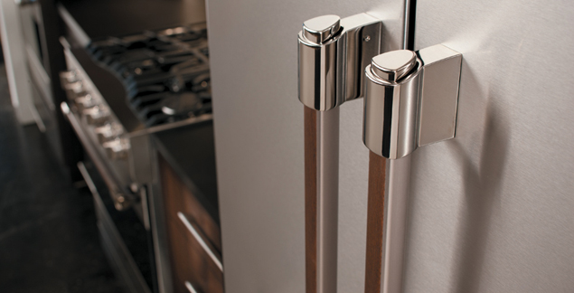 Handle Detail on the Viking D3 Series Refrigerator
