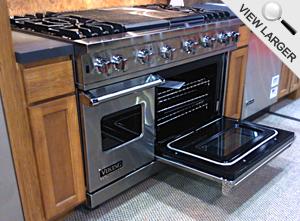 Viking Upgraded Professional Custom Series Black Porcelain Oven Interior